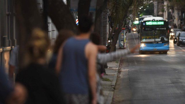 Transporte: la empresa El Cacique advirtió que podría limitar la circulación de colectivos