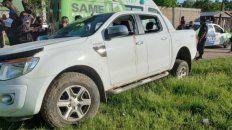 La camioneta que quisieron robarle a un jubilado en Florencio Varela. El hombre enfrentó a los ladrones y mató a dos. (Foto vía twitter @pampamonaco)