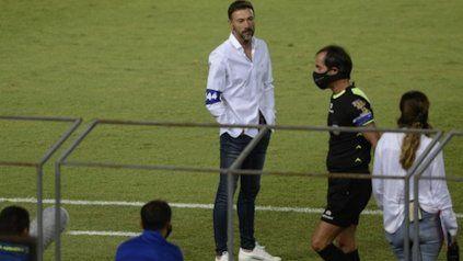 ¿Y ahora? El Kily González sacó otra vez la cara por los jóvenes pero sabe que el equipo debe mejorar y lograr resultados.