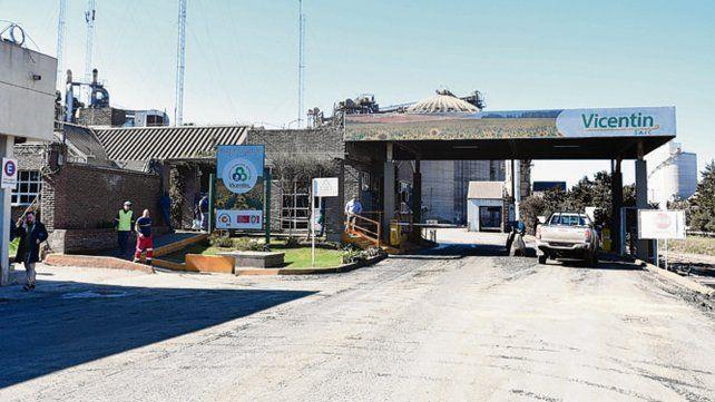 crisis. Las plantas de Vicentín están paradas y los obreros licenciados.