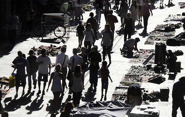 ¿Otra vez? Con la huelga regresarían los vendedores informales a la peatonal.