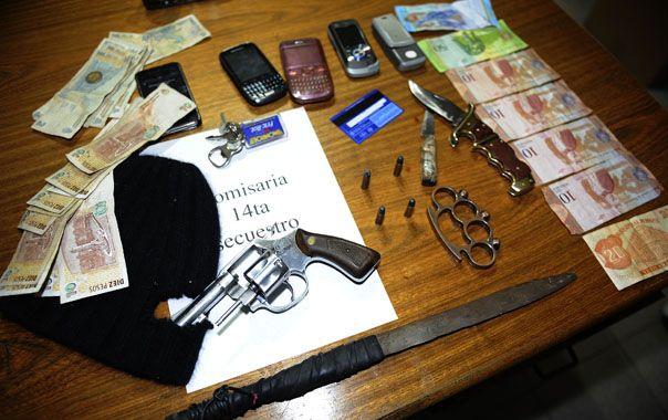 Armas. Los objetos secuestrados en Felipe Moré al 100 bis