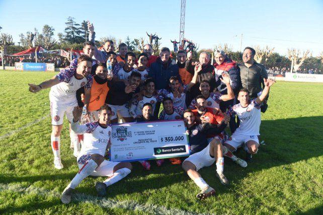 Central Córdoba ganó y se clasificó a las semifinales