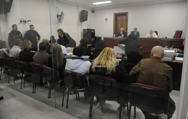Norma Acosta se presentó ante el Tribunal Oral Federal que la juzga junto a otras ocho personas por integrar una organización narco. (Foto: S. Toriggino)