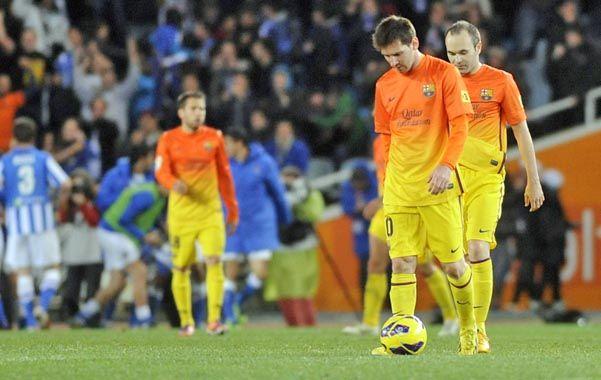 Messi se retira cabizbajo. El rosarino marcó un gol.