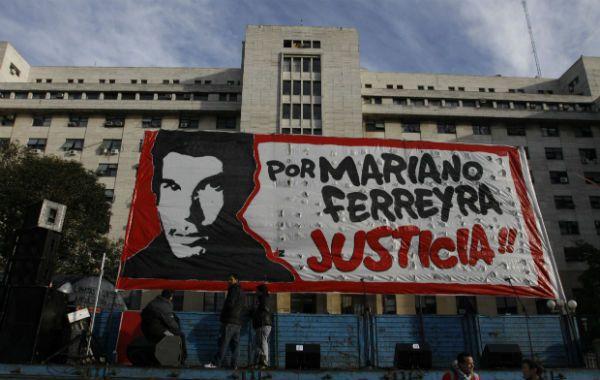 El crimen de Mariano Ferreyra pusó a la luz los abusos de la Unión Ferroviaria a los trabajadores.