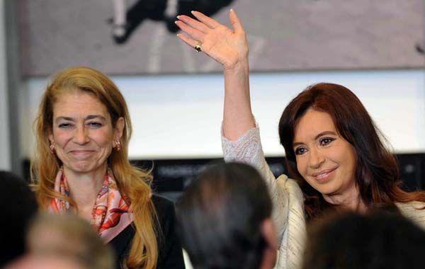 Débora Giorgi y Cristina Fernández en la presentación del programa Pro.Cre.Auto.