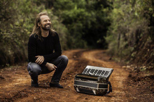 El acordeonista oriundo de la localidad misionera Apóstoles llega el próximo viernes