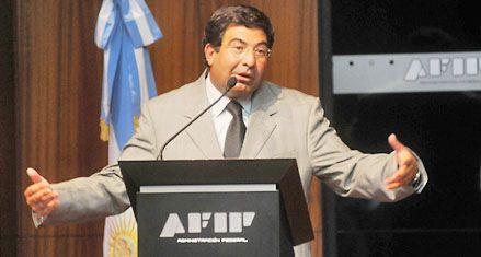 Echegaray defendió las medidas de control en el mercado cambiario