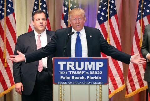 La triunfal marcha de Donald Trump hacia la nominación presidencial ahondó ayer la mayor crisis del Partido Republicano en décadas.