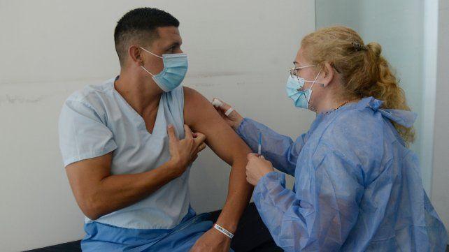 La provincia recibió 67 mil dosis de AstraZeneca para completar los esquemas de vacunación