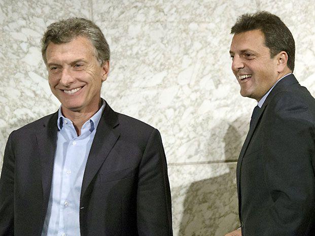 Ida y vuelta. Macri y Massa confrontaron respecto de los apoyos en una posible segunda vuelta.