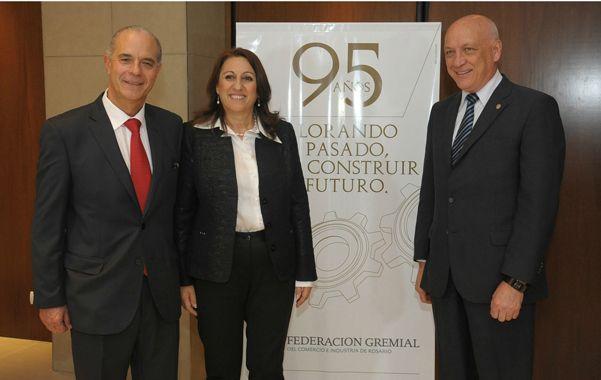 Al cocktail de celebración asistieron el gobernador Antonio Bonfatti y la intendenta Mónica Fein.
