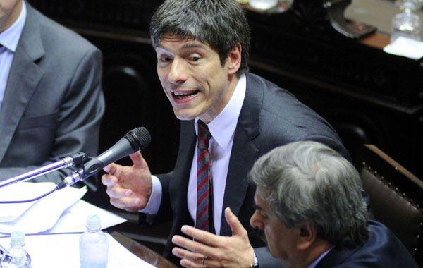 El jefe de Gabinete se presentó por primera vez en la Cámara de Diputados.