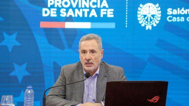 El ministro Sain afirmó que el gobernador Perotti estaba vacunado, pero luego se desdijo