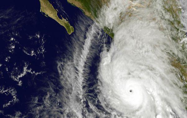 Impresionante. Vista satelital del huracán a punto de tocar tierra