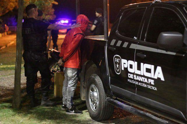 Saldo. La Policía de Acción Táctica detuvo a cuatro personas.