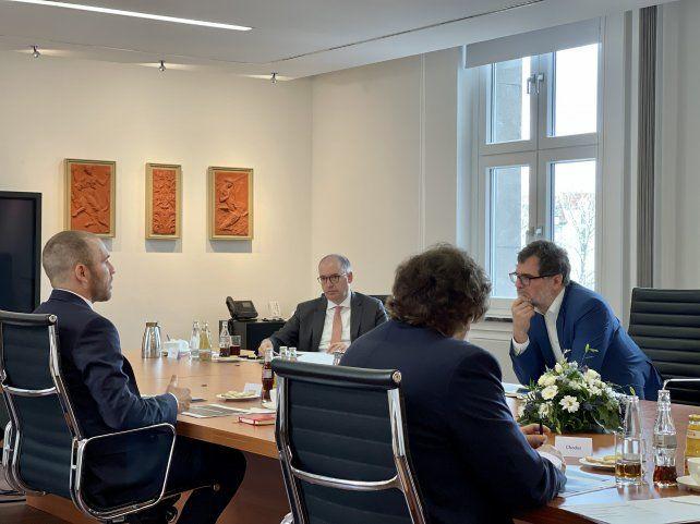 Encuentro. Guzmán se reunió con funcionarios del Ministerio de Finanzas de Alemania.