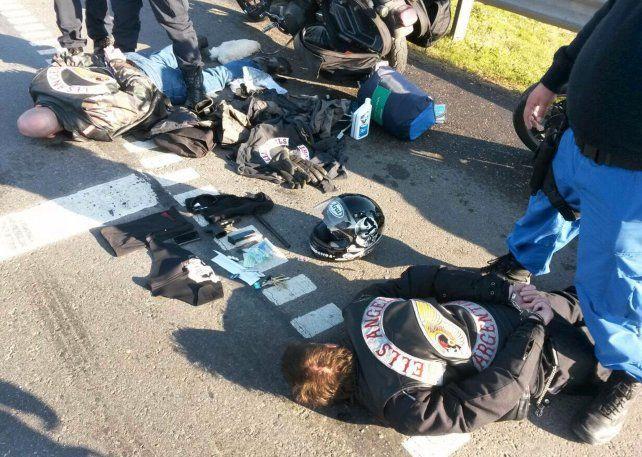 Adentro. Once motoqueros de los clubes Hells Angels y Tehuelches fueron detenidos por participar del feroz tiroteo.