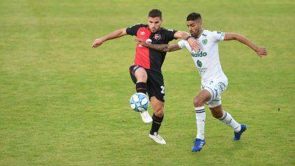 Newells pierde con Sarmiento por 1 a 0 tras jugar un flojísimo primer tiempo
