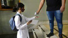 El regreso a las clases presenciales recibió la bendición del secretarío de Salud municipal Leonardo Caruana.