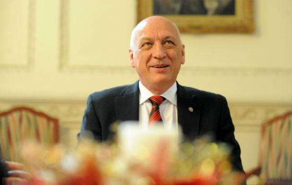 El gobernador Antonio Bonfatti viajó a Nueva York a acompañar al canciller Héctor Timerman a la reunión del Comité de Descolonización de la ONU.