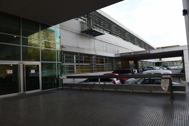 El Hospital Clemente Alvarez. La víctima estaba internada allí y anoche falleció.
