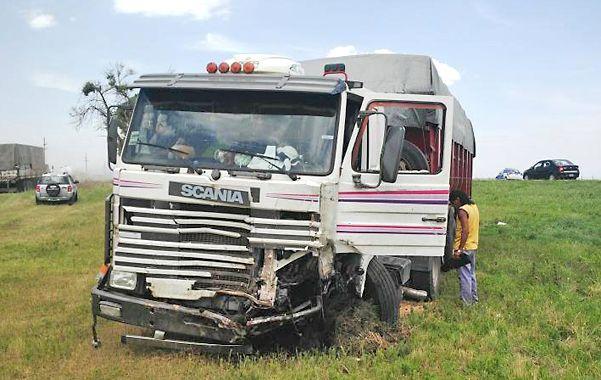 De frente. El camión contra el que chocó la familia Vuksanovich