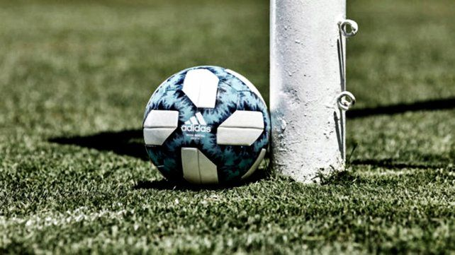 El fútbol argentino no compite