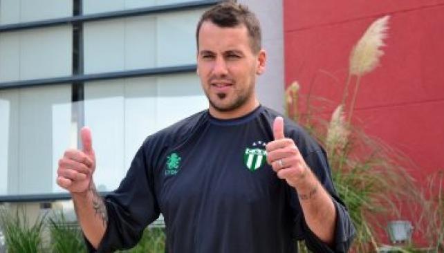 El es delantero de Newells todavía no había podido jugar en el equipo de San Luis.