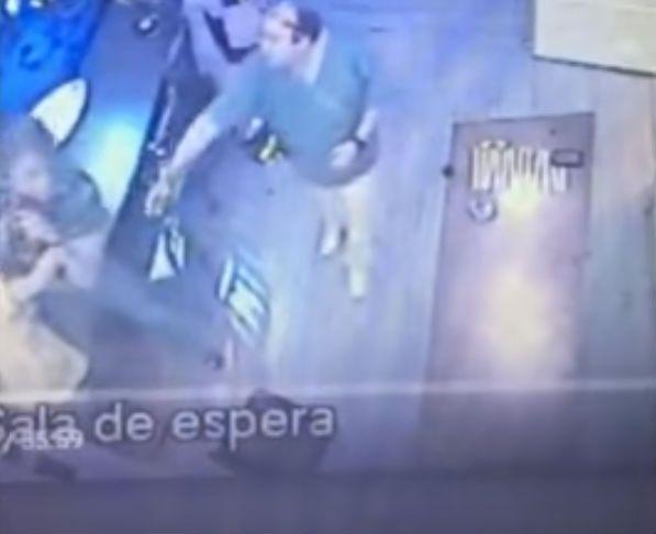 El novio de la hija de Susana Giménez protagonizó una fuerte pelea con su odontólogo.