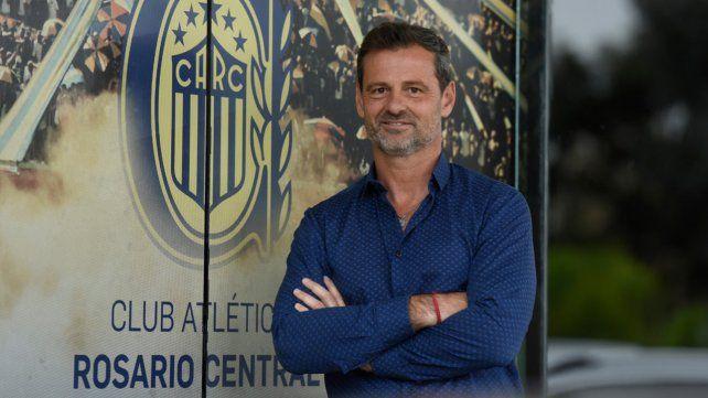 Diego Cocca: No vine a pelear el descenso, vine a pelear el campeonato