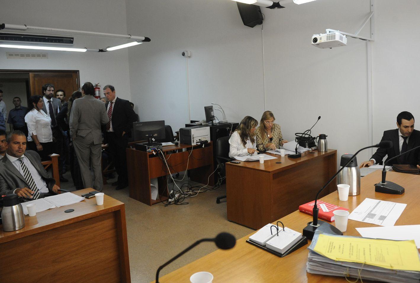 En Tribunales. Los policías fueron sobreseídos
