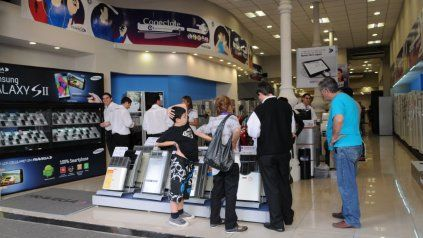 Los aumentos mensuales en los electrodomésticos en supermercados llegaron al 4,4%.
