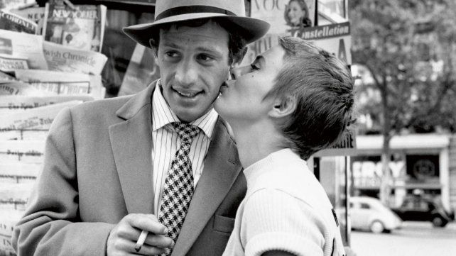 """Jean-Paul Belmondo y Jean Seberg protagonizaron """"Sin aliento"""" en 1960."""