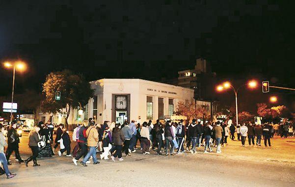 Por las calles. La afluencia de manifestantes fue mucho más masiva.