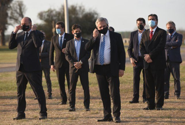 Alberto Fernández, Omar Perotti y otros gobernadores firmaron el año pasado un acuerdo sobre la Hidrovía.