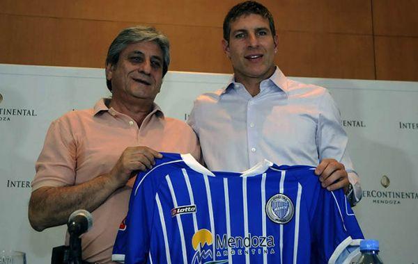 Martín Palermo llegó a Mendoza sin Roberto Abbondanzieri