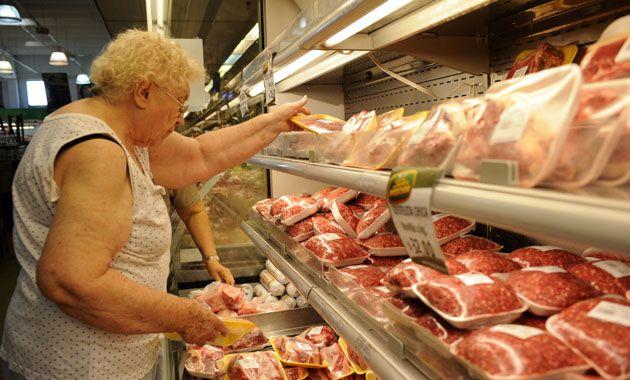Los precios en los supermercados fueron congelados por 60 días.