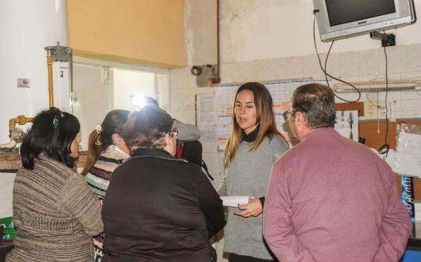 Con la gente. Martínez se reunió en Rufino con vecinos y militantes.