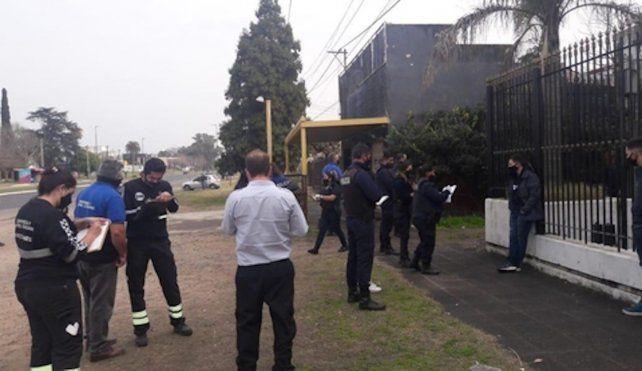 Las autoridades allanaron dos fiestas clandestinas en la ciudad de La Plata.
