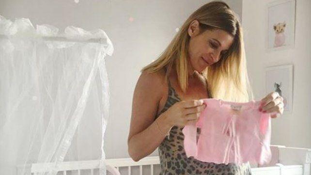 Eugenia Tobal publicó la primera imagen de Ema y explotaron los likes