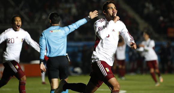 Venezuela dio la nota mayor: le ganó 2 a 1 a Chile y está entre los cuatro mejores