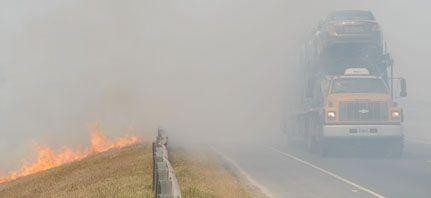 Confirman que la fatal quema de pastos en la autopista fue intencional