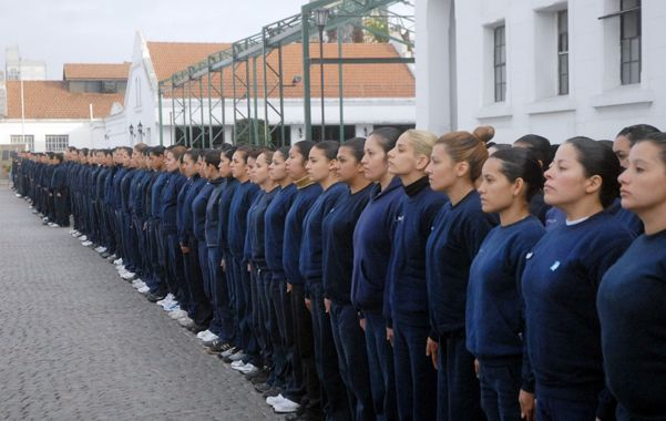 Cadetes. Una de las apuestas es reformular la formación de los futuros policías para restablecer viejas jerarquías.