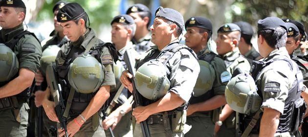 Sorprende que la provincia no haya hecho ningún reclamo por el retiro de Gendarmería