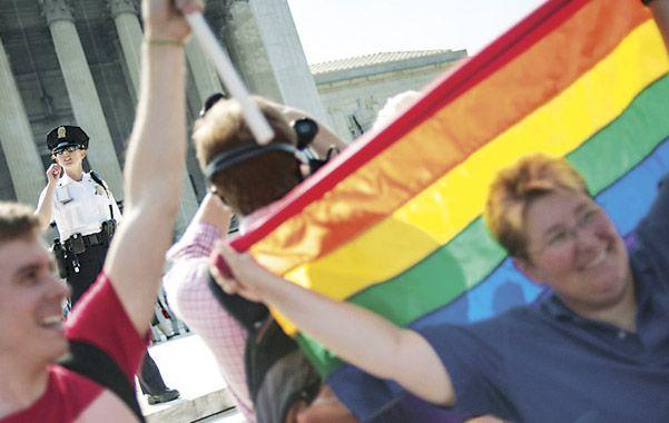 Paso histórico. Los defensores del matrimonio gay estallaron en júbilo.