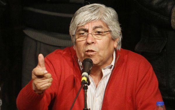 Hugo Moyano cargó duro contra el senador kirchnerista.