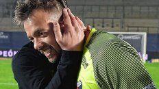 Leonardo Burián es el mejor arquero de la historia de Colón y el 30 de junio vence su contrato. La dirigencia ya le acercó una oferta para renovarlo, pero San Lorenzo está interesado y otros equipos del exterior.