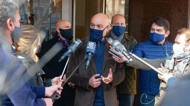 inocencia. Ponce Asahad brindó una conferencia de prensa cuando allanaron su domicilio el 31 de julio.